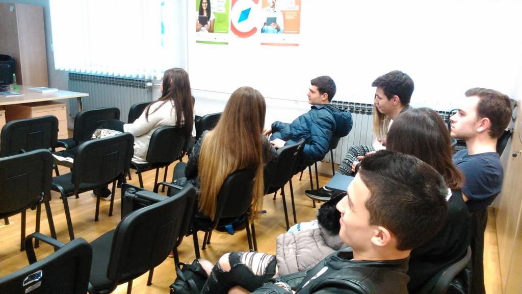 Učenici 3.a u posjeti i na predavanju u centru CISOK